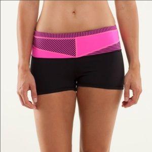 Lululemon Boogie Short Black & Pink Quilt